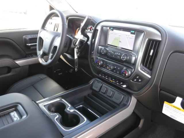 2018 Silverado 2500 Crew Cab 4x4 Pickup #18184 - photo 29