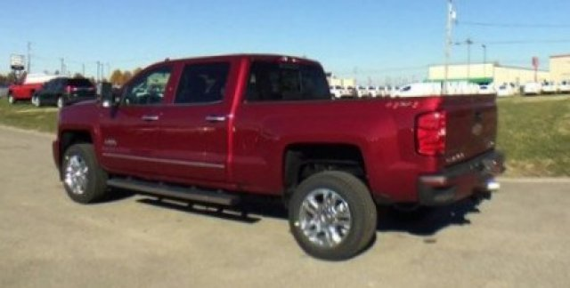 2018 Silverado 2500 Crew Cab 4x4, Pickup #18210 - photo 37