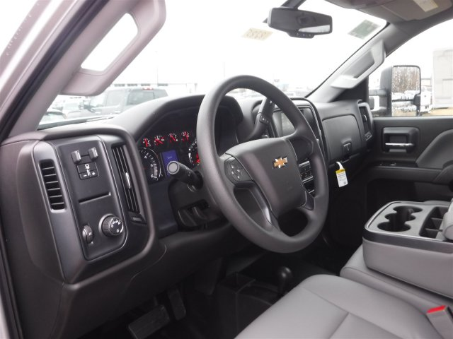 2018 Silverado 2500 Crew Cab 4x4 Pickup #18285 - photo 5