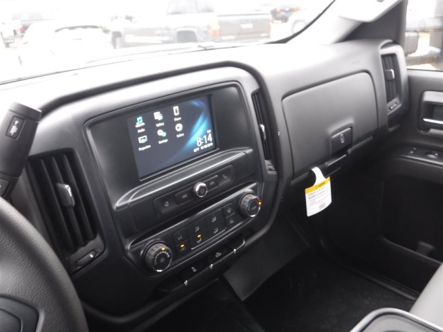 2018 Silverado 2500 Crew Cab 4x4 Pickup #18285 - photo 8