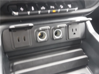 2018 Silverado 2500 Crew Cab 4x4,  Pickup #18345 - photo 25
