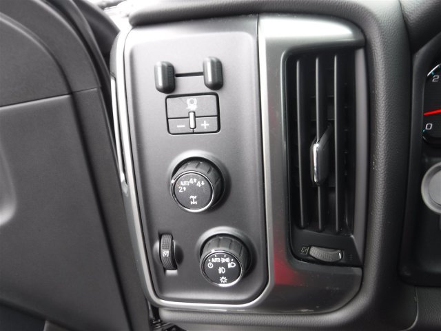 2018 Silverado 1500 Double Cab 4x4,  Pickup #18398 - photo 17