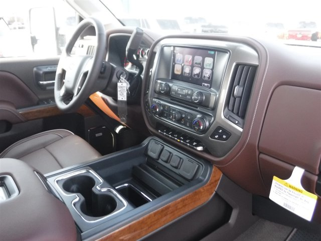 2018 Silverado 2500 Crew Cab 4x4, Pickup #18421 - photo 37