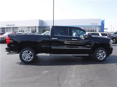 2018 Silverado 2500 Crew Cab 4x4, Pickup #18421 - photo 32
