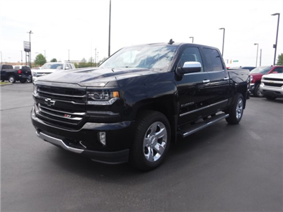 2018 Silverado 1500 Crew Cab 4x4,  Pickup #18542 - photo 4