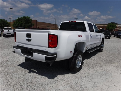 2018 Silverado 3500 Crew Cab 4x4, Pickup #18592 - photo 2