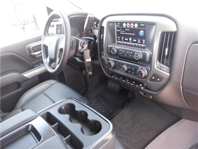 2018 Silverado 3500 Crew Cab 4x4, Pickup #18592 - photo 37