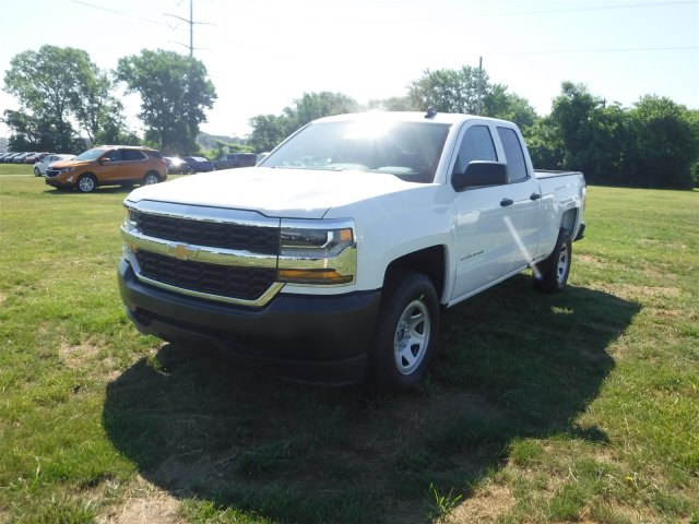 2018 Silverado 1500 Double Cab 4x4,  Pickup #18619 - photo 4