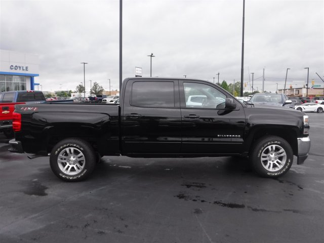 2018 Silverado 1500 Crew Cab 4x4,  Pickup #18622 - photo 27