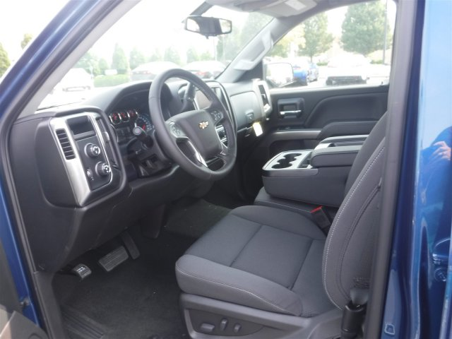 2018 Silverado 1500 Crew Cab 4x4,  Pickup #18644 - photo 11