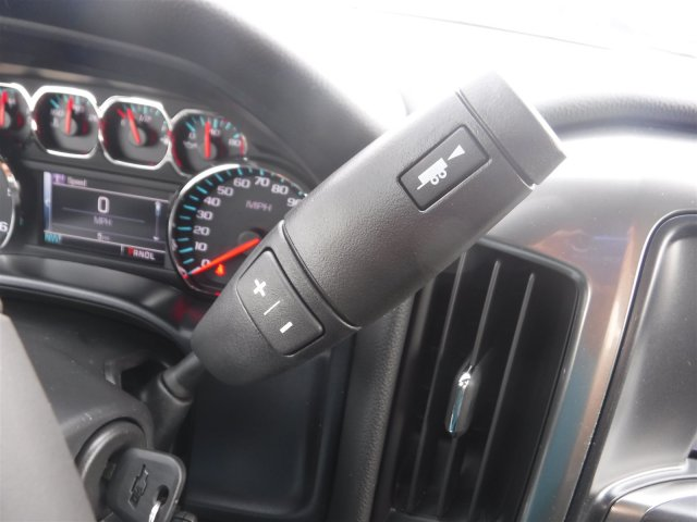 2018 Silverado 1500 Crew Cab 4x4,  Pickup #18644 - photo 16