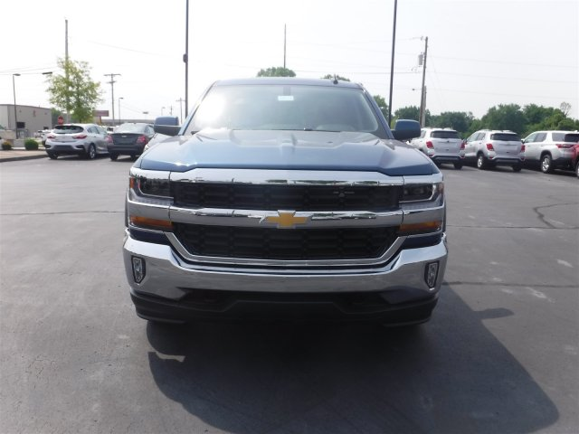 2018 Silverado 1500 Crew Cab 4x4,  Pickup #18644 - photo 4