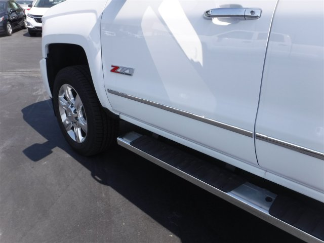 2018 Silverado 2500 Crew Cab 4x4,  Pickup #18721 - photo 8