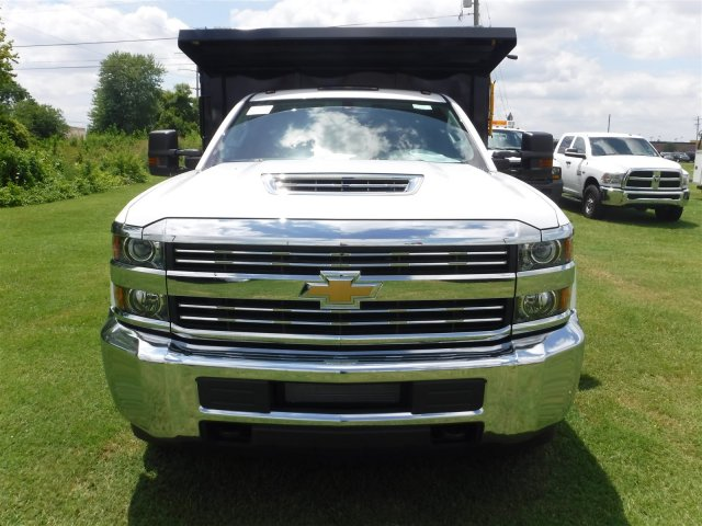 2018 Silverado 3500 Regular Cab DRW 4x4,  Reading Landscape Dump #18736 - photo 4