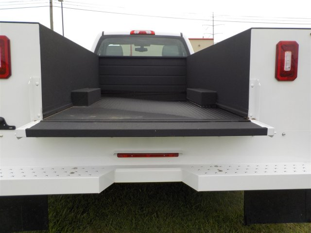 2019 Silverado 3500 Regular Cab DRW 4x4,  Knapheide Service Body #19056 - photo 18