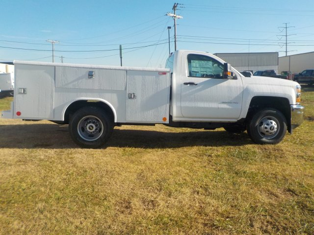 2019 Silverado 3500 Regular Cab DRW 4x4,  Reading Service Body #19238 - photo 23