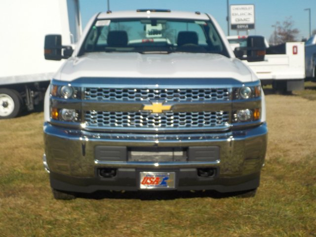 2019 Silverado 3500 Regular Cab DRW 4x4,  Reading Service Body #19259 - photo 4