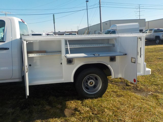 2019 Silverado 3500 Regular Cab DRW 4x4,  Reading Service Body #19270 - photo 15