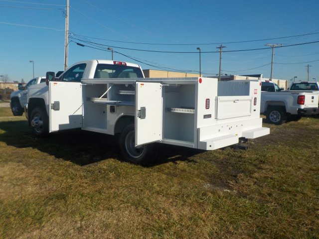 2019 Silverado 3500 Regular Cab DRW 4x4,  Reading Service Body #19270 - photo 16