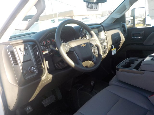 2019 Silverado 3500 Regular Cab DRW 4x4,  Reading Service Body #19270 - photo 3