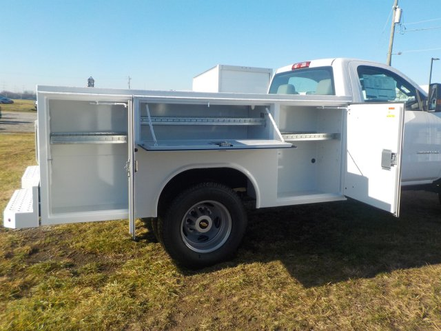 2019 Silverado 3500 Regular Cab DRW 4x4,  Reading Service Body #19270 - photo 21
