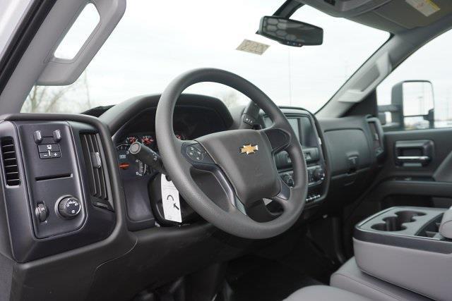 2020 Chevrolet Silverado 5500 Regular Cab DRW 4x2, Knapheide PGNB Gooseneck Platform Body #20518 - photo 7