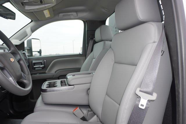 2020 Chevrolet Silverado 5500 Regular Cab DRW 4x2, Knapheide PGNB Gooseneck Platform Body #20518 - photo 8