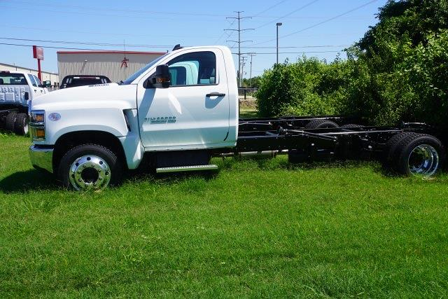 2020 Chevrolet Silverado 4500 Regular Cab DRW 4x2, Cab Chassis #20727 - photo 5