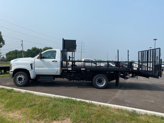 2020 Silverado 6500 Regular Cab DRW 4x2,  Dovetail Landscape #20742 - photo 3