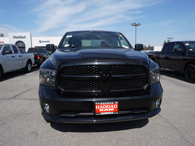 2017 Ram 1500 Crew Cab, Pickup #58779 - photo 3
