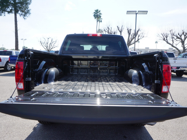 2017 Ram 1500 Crew Cab, Pickup #58779 - photo 24