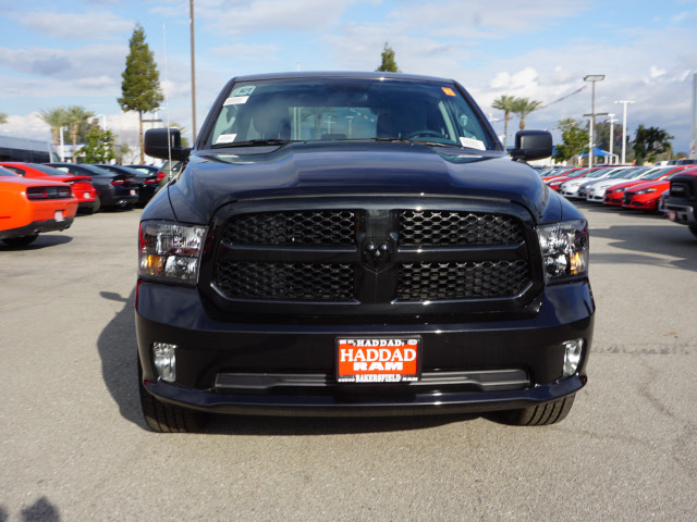 2017 Ram 1500 Crew Cab, Pickup #58780 - photo 3