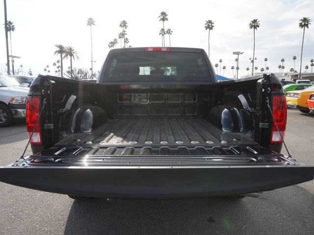 2017 Ram 1500 Crew Cab, Pickup #58780 - photo 24