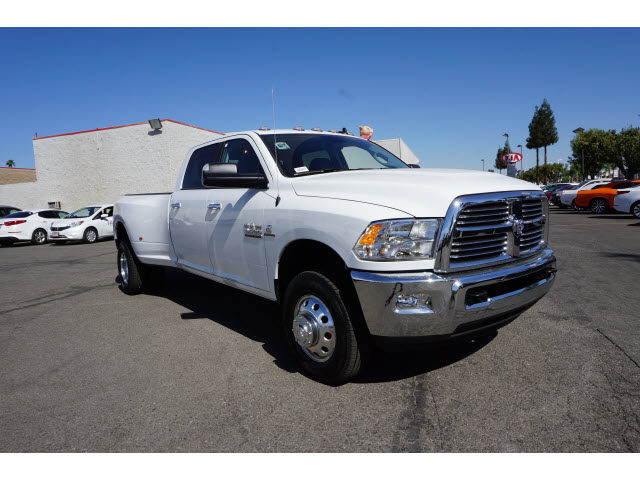 2017 Ram 3500 Crew Cab DRW 4x4, Pickup #58799 - photo 4