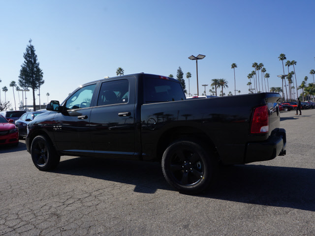 2017 Ram 1500 Crew Cab, Pickup #58860 - photo 2
