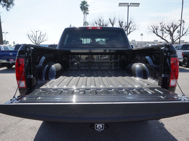 2017 Ram 1500 Crew Cab, Pickup #58861 - photo 24