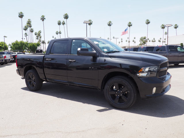 2017 Ram 1500 Crew Cab, Pickup #58877 - photo 5