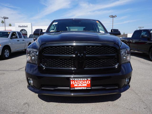 2017 Ram 1500 Crew Cab, Pickup #58897 - photo 3