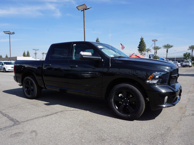 2017 Ram 1500 Crew Cab, Pickup #58897 - photo 5