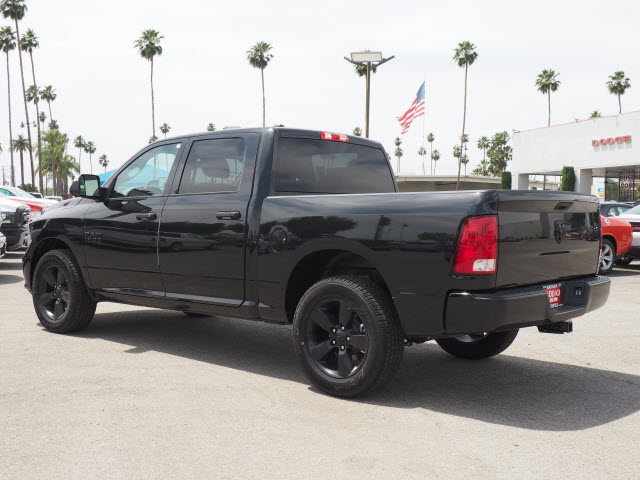 2017 Ram 1500 Crew Cab, Pickup #58909 - photo 10