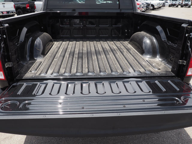 2017 Ram 1500 Crew Cab, Pickup #58909 - photo 24