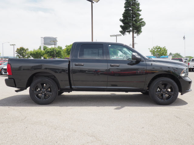 2017 Ram 1500 Crew Cab, Pickup #58909 - photo 6