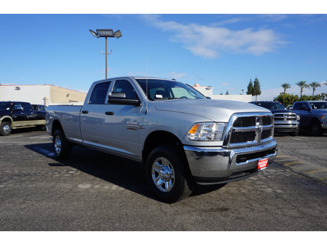 2017 Ram 2500 Crew Cab 4x4, Pickup #58982 - photo 4