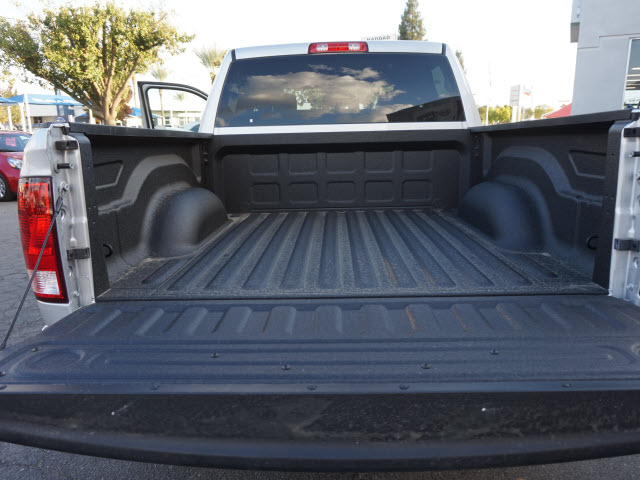 2017 Ram 1500 Crew Cab, Pickup #58992 - photo 24