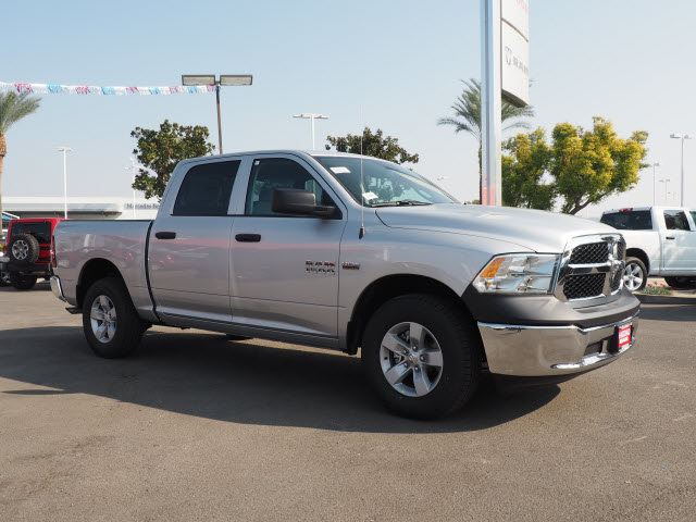 2017 Ram 1500 Crew Cab 4x4, Pickup #59006 - photo 5