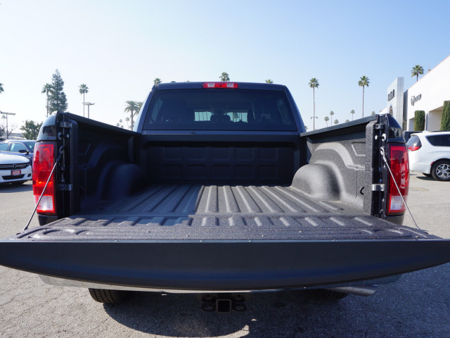 2017 Ram 1500 Crew Cab 4x4, Pickup #59012 - photo 24