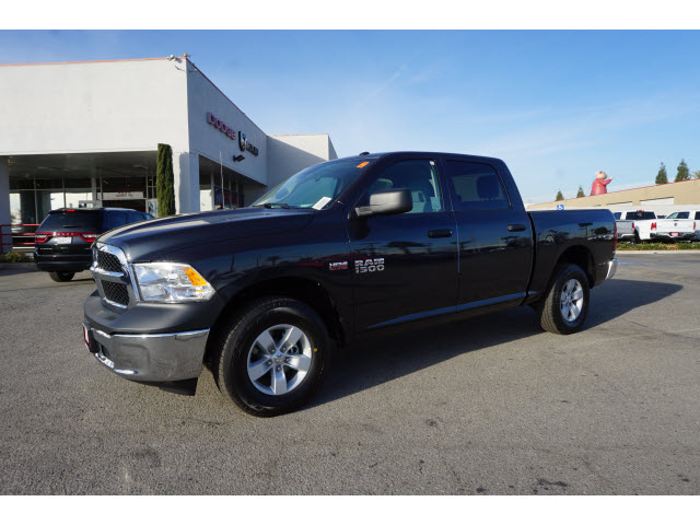 2017 Ram 1500 Crew Cab 4x4, Pickup #59104 - photo 12