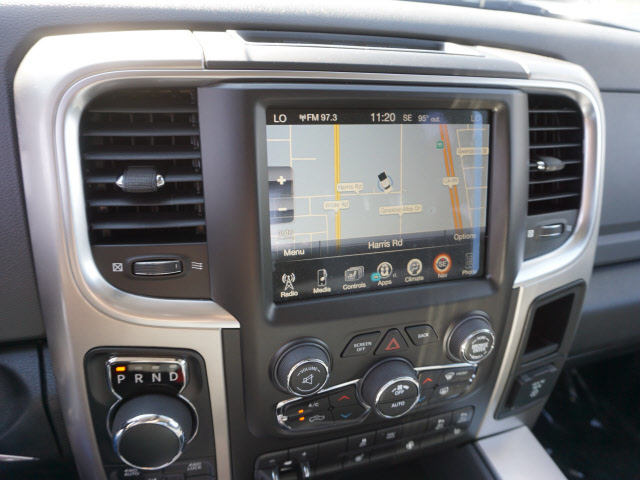 2017 Ram 1500 Crew Cab 4x4, Pickup #59115 - photo 22