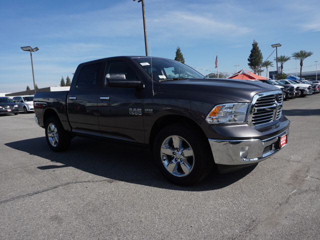 2017 Ram 1500 Crew Cab 4x4, Pickup #59115 - photo 5