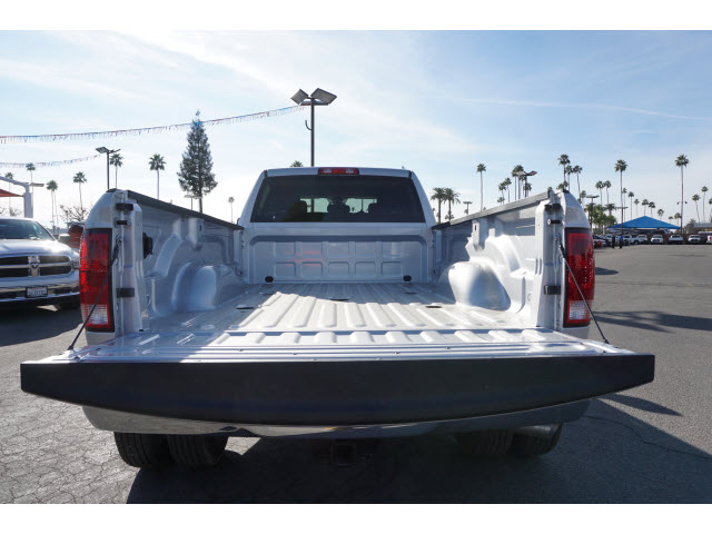 2017 Ram 3500 Crew Cab DRW 4x4, Pickup #59146 - photo 24